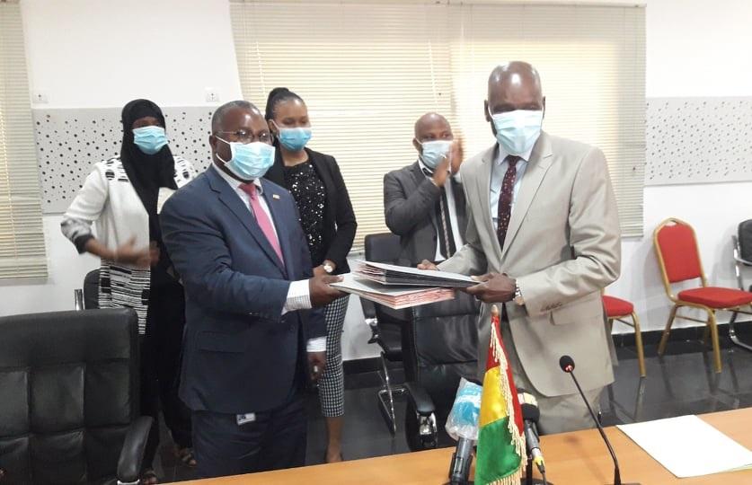 Un accord de 100 millions $ signé entre la Guinée et la Banque mondiale  pour booster l'agriculture commerciale - Guinee7.com